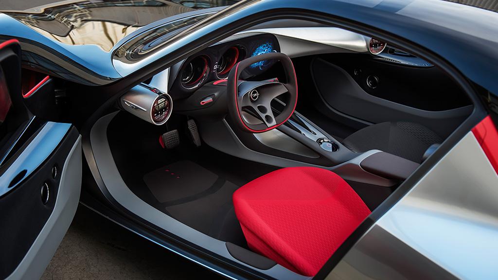 Opel_Concept_Cars_GT_Interior_1_1024x576_A299440