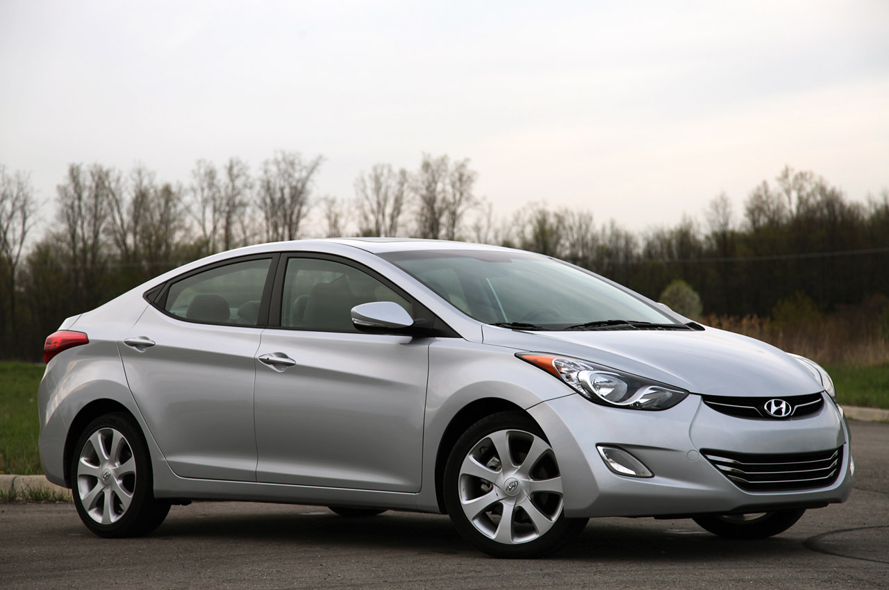 01-2011-hyundai-elantra-review
