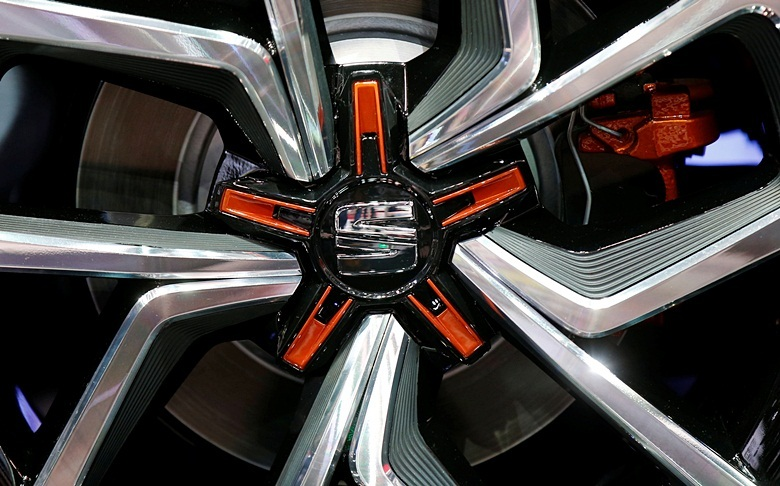 View of a Seat logo on a wheel at the Mondial de l'Automobile, Paris auto show, during media day in Paris, France, September 30, 2016. REUTERS/Jacky Naegelen