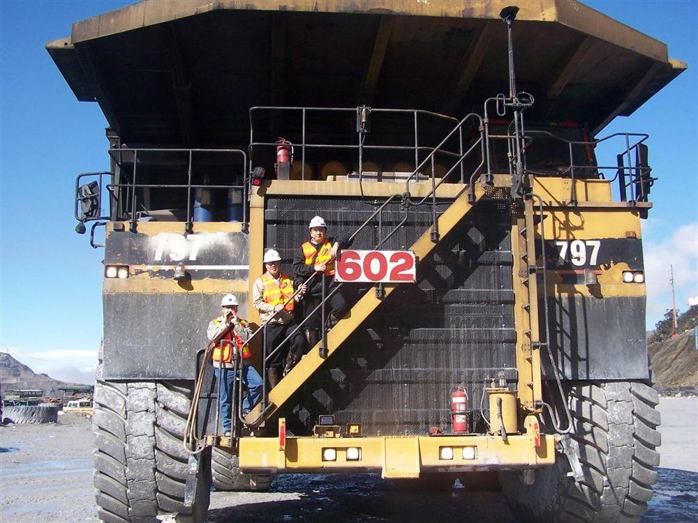 caterpillar 797 truck2 559ce5464b79a
