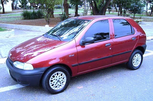 Fiat Palio EDX 1997 lateral frente