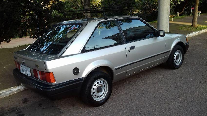 ford escort 1989 dourado 5797bc2d5f255