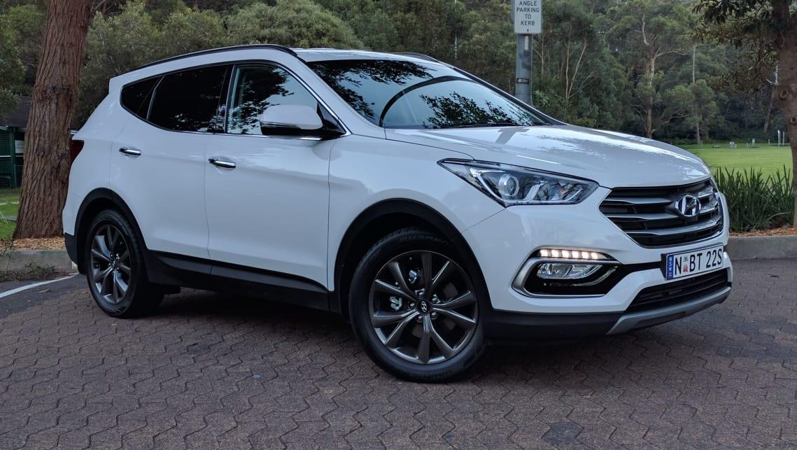 2017 Hyundai Sant Fe acative X suv white 7