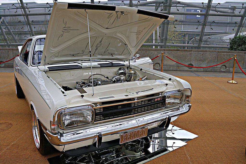 Opel Rekord C V8 02