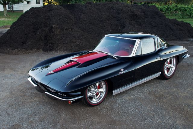 1963 chevrolet corvette sting ray front side view