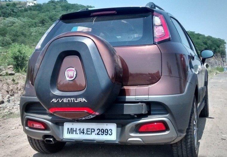2014 Fiat Avventura bronzo tan rear