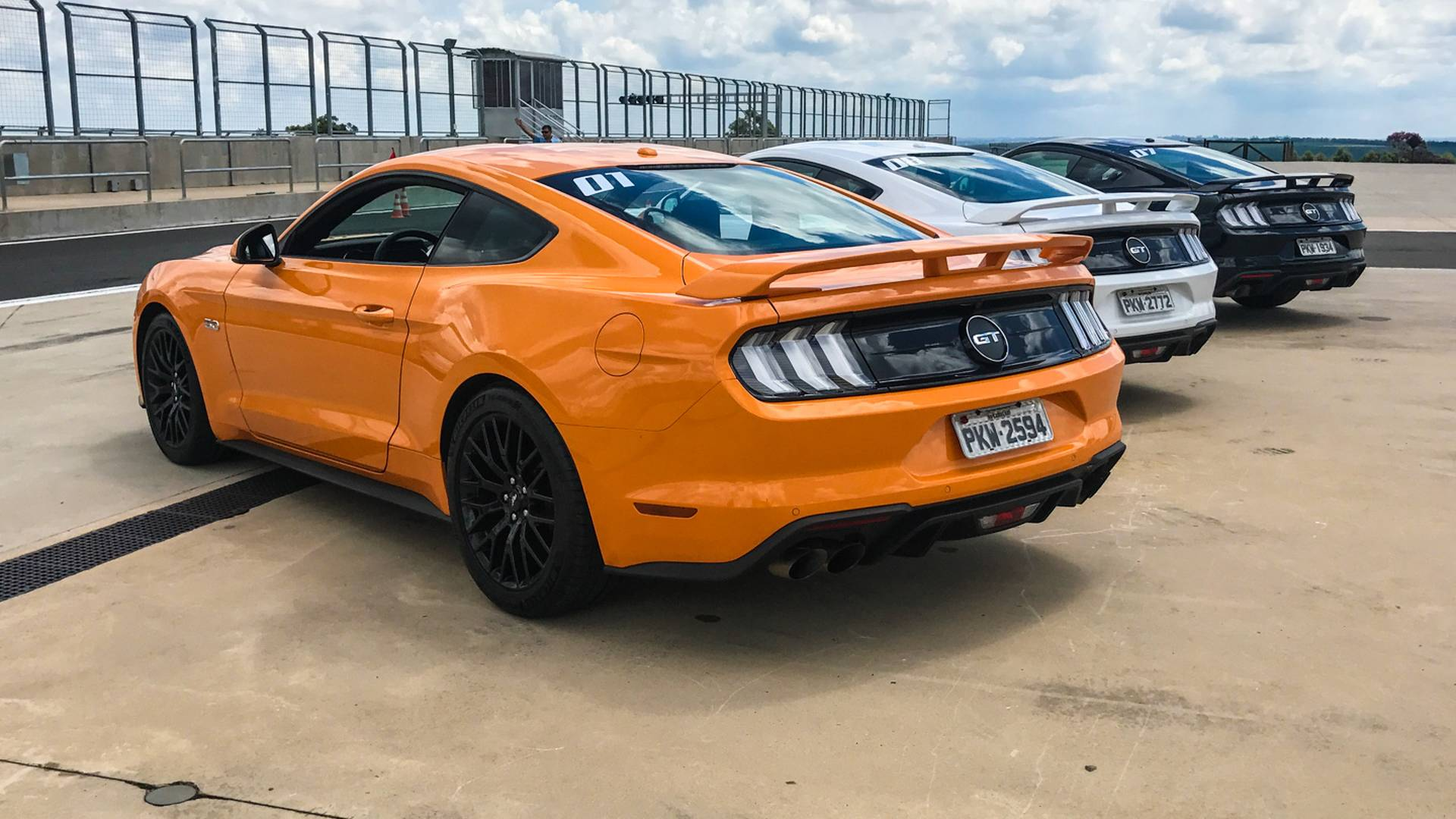 ford mustang gt 4