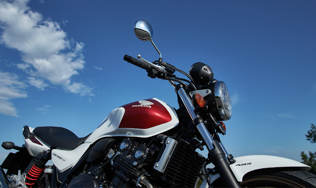 Honda CB 400SF 2018 04