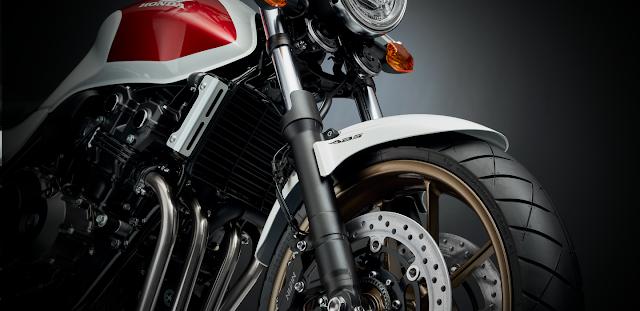 Honda CB 400SF 2018 08