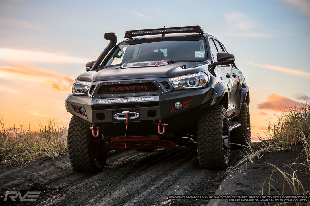 Toyota Hilux Gladiator Concept 15