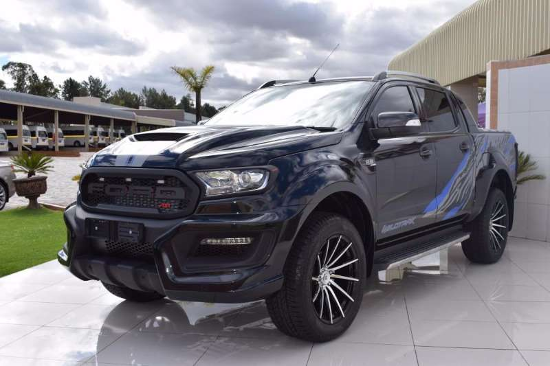 conhe a a nova e brutal ford ranger 2018 wildtrak fotos. Black Bedroom Furniture Sets. Home Design Ideas