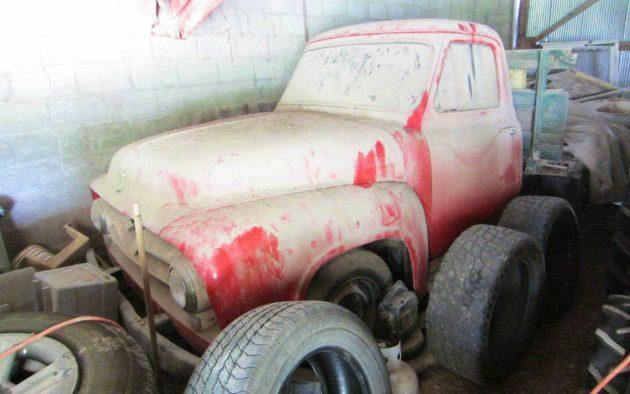 ford f250 1955 guardado zero km durante 40 anos 01