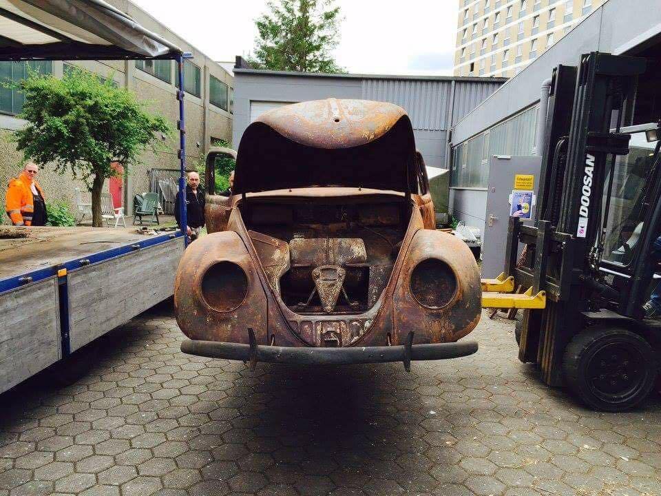 fusca chassi 03 do ano de 1939 foi totalmente restaurado 07