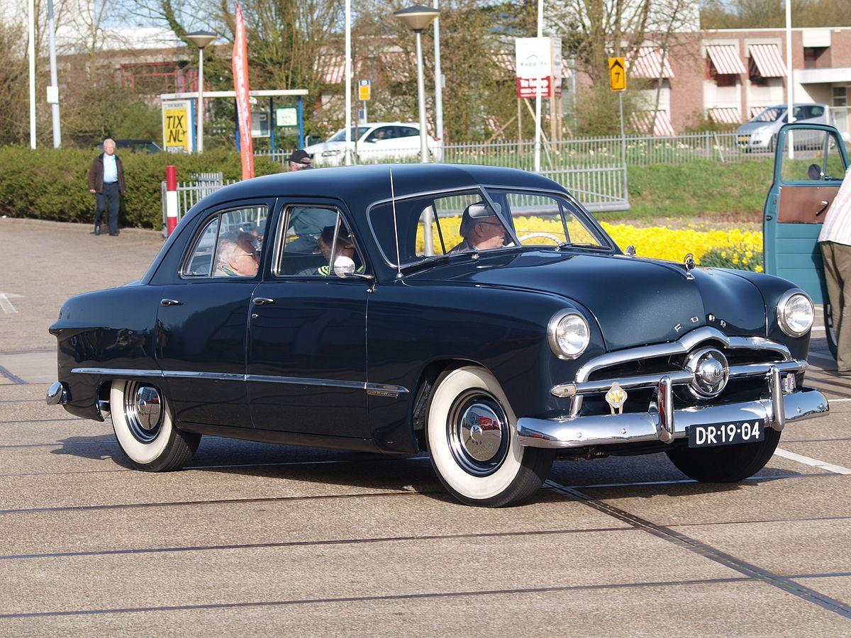 1949 Ford custom 300 pic3