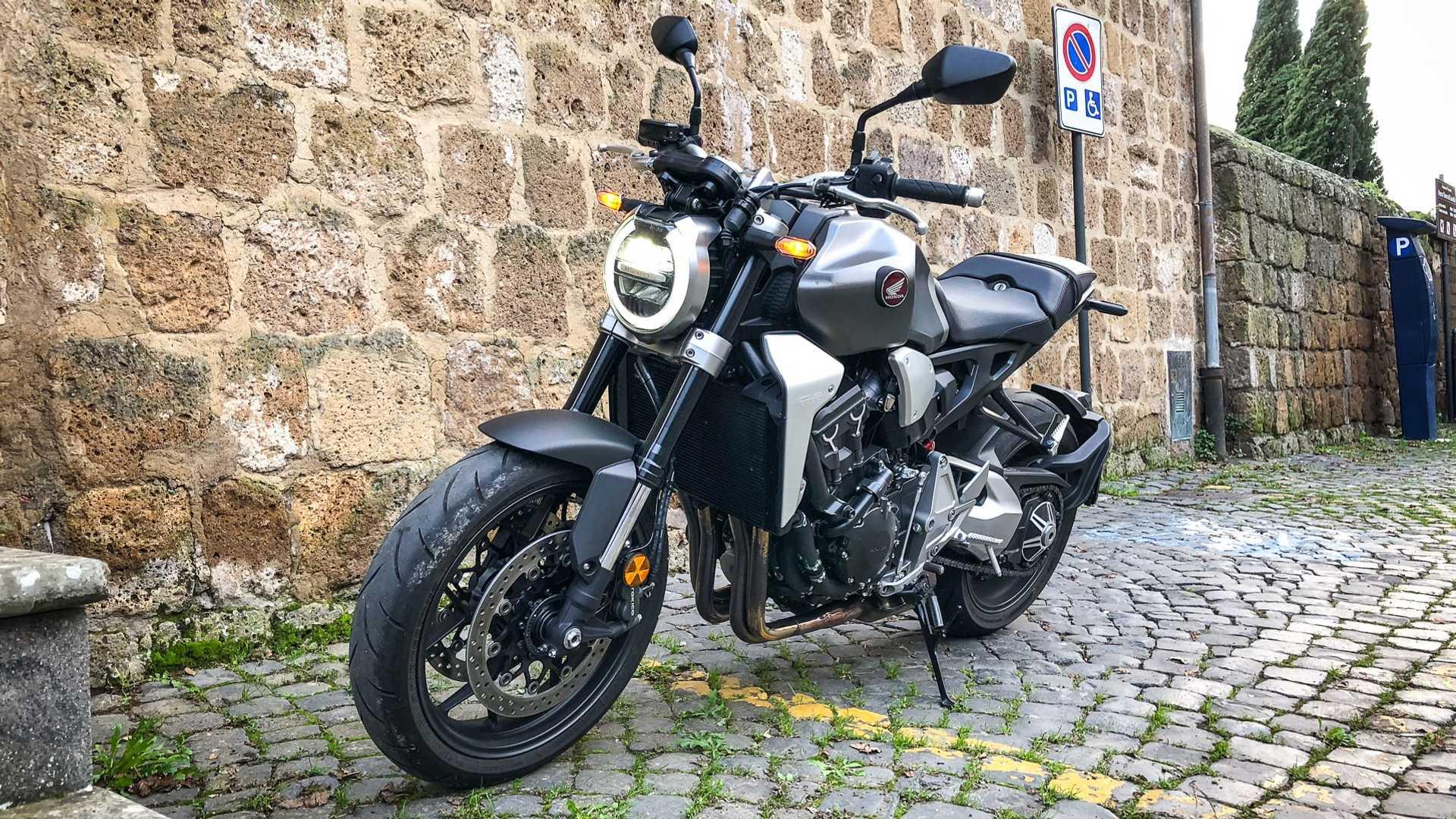 honda cb1000r 2019 test ride na italia