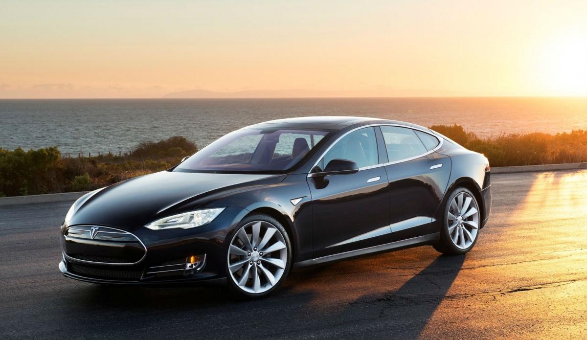 Tesla Model S 2013 1600 02