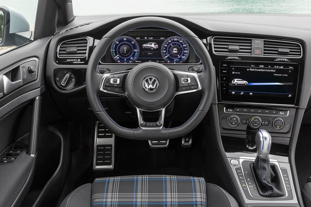 volkswagen golf gte 2017 interior