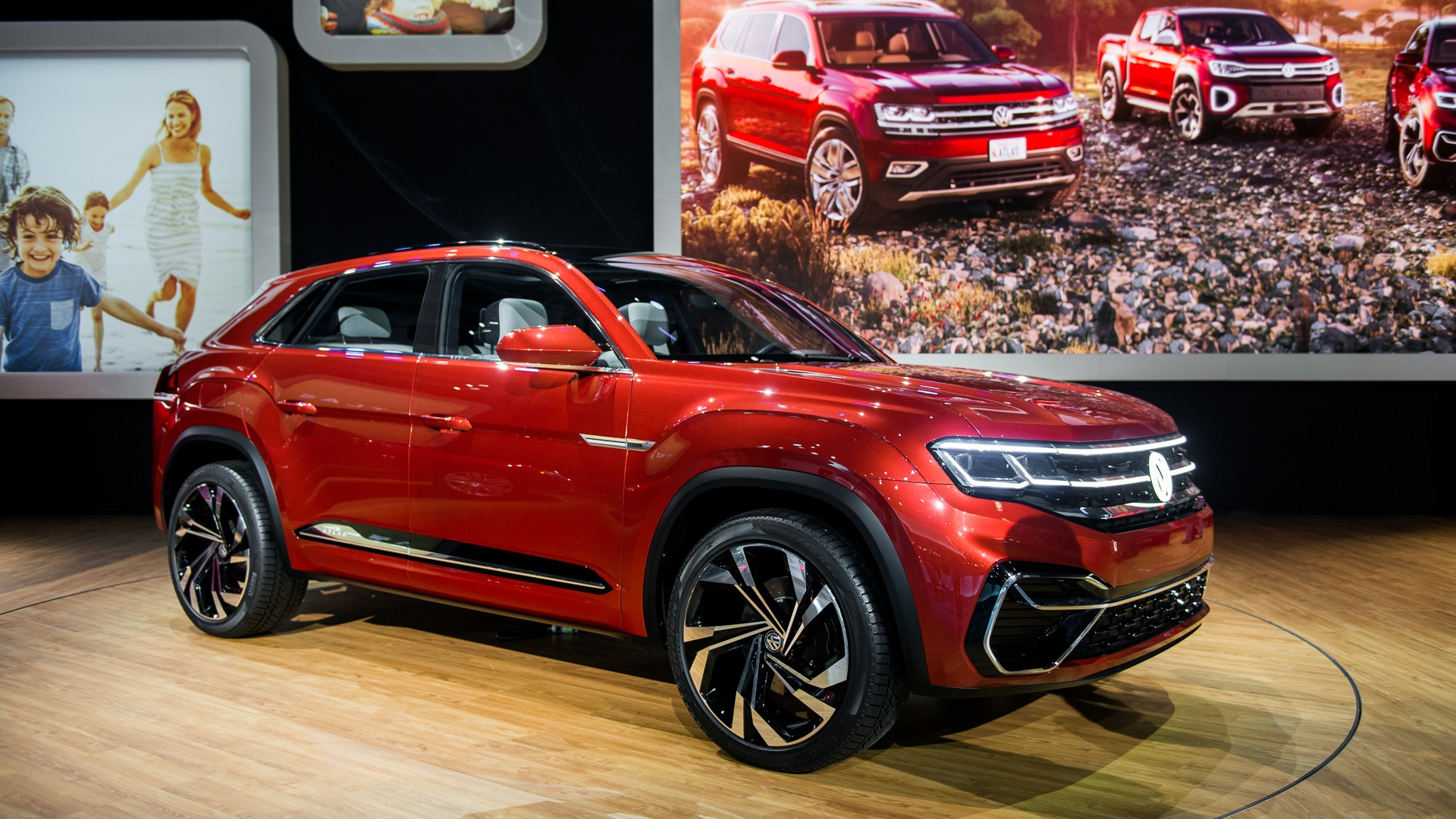 2020 vw atlas cross sport concept 2018 new york auto show 100648324