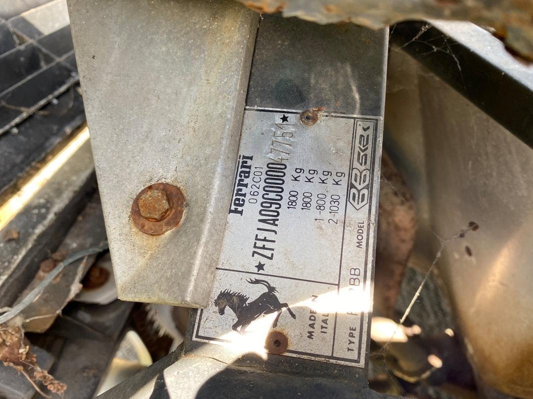 cacador de ferraris scott chivers ferrari 512bbi 1983 rara apodrece em quintal na inglaterra