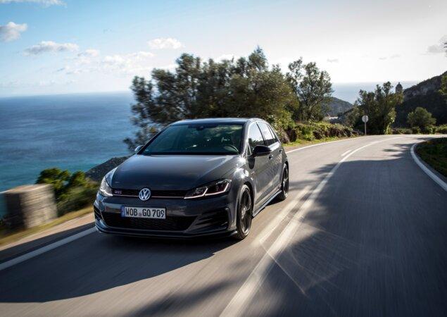 Volkswagen Golf / Foto reprodução
